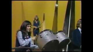 Karen Carpenter - The Carpenters - Close to You