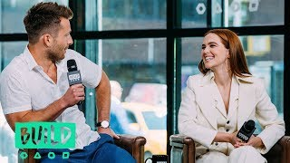 Zoey Deutch Heckled Glen Powell Over A Bad Kiss
