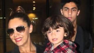 SRK Family Gauri, AbRam, Aryan, Suhana Spotted At Mumbai Airport photo play