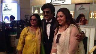 Rajini poses for a snap with his yesteryear Heroines Sripriya and Meena   Linga