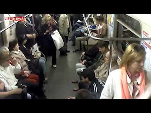 lyubitelskoe-porno-v-metro