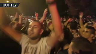 Hundreds rally in E Jerusalem as metal detectors & cameras are taken away from Al-Aqsa Mosque
