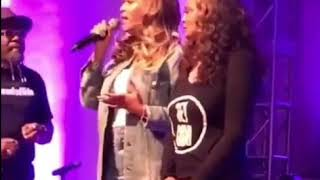 Beyonce and Blue Ivy Visit to Houston Church to Support Hurricane Harvey Victims