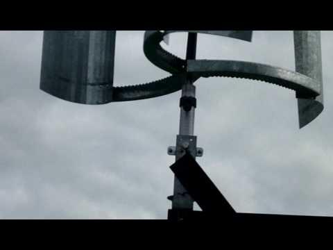 Ветротурби� а из колеса от автомобиля part 3