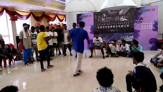 Bboy Candoo (Smackerz) vs bboy Dad (3rd eye crew) Indian hiphop festival finals 2016 Chennai