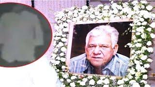 पाकिस्तानी चैनल ने दिखाई ओम पुरी की आत्मा, पत्नी ने एंकर को कहा जोकर