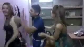 رقص بنات معه اخوهن ممنوع من العرض  18+