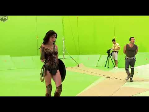 Xxx Mp4 WonderWoman Gal Gadot Long Legs Too Short Costume 3gp Sex