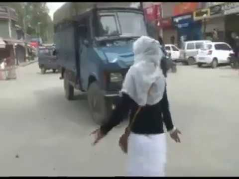 Xxx Mp4 Today Kashmiri Brave Girls Pelting Stones In Kashmir 3gp Sex