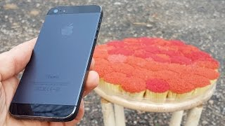 EXPLOSIVE TEST iPhone 5 vs 20 000 MATCHES