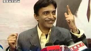 Anand celebrates Dev Anand Birthday Annivarsary