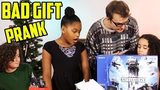Kids Get Bad Christmas Gifts Prank 2015!