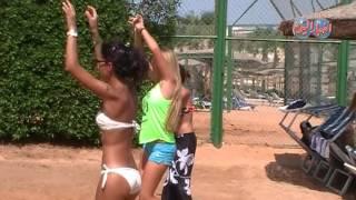 رقص الاجانب على شواطئ شرم الشيخ