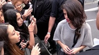 Selena Gomez confront a fan at NRJ radio station in Paris !