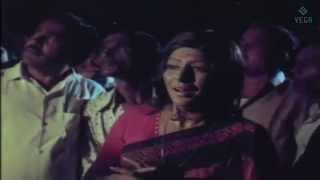 Chakravarthy Movie - Jaishankar Resucing Sripriya