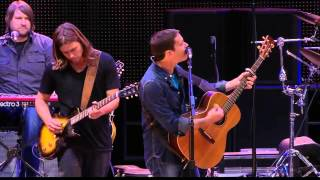Toad the Wet Sprocket - Walk on the Ocean (Live at Farm Aid 2013)