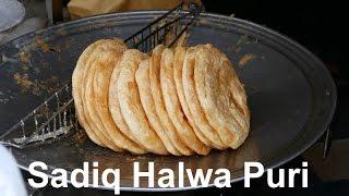 Sadiq Halwa Puri Ichhra | Desi Breakfast | Fried Tortilla | Lahore Street Food III