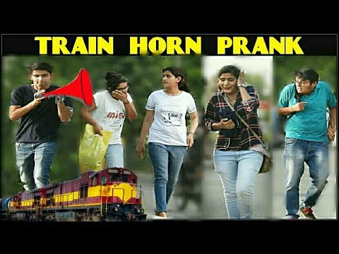 Xxx Mp4 TRAIN HORN PRANK On Hot Girls AIR HORN Prank In India 3 Jokers Comment Trolling 3gp Sex