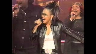 Throwback Thursday! 2001 Dove Awards - Mary Mary Performance
