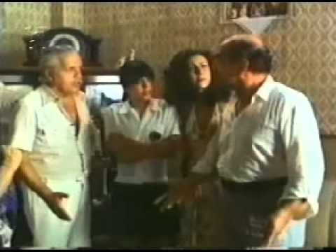 Cena do filme Os Sete Gatinhos .mpg