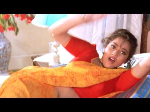 Xxx Mp4 Tamil Cinema Bakiyaraj Pushes Meena Forcefully In The Bed Oru Oorla Oru Rajakumari 3gp Sex