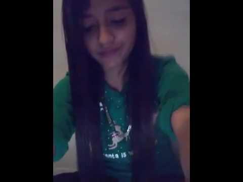 Niña le canta a su ex