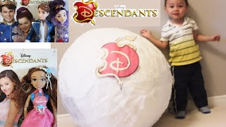 WORLD'S BIGGEST DESCENDANTS SURPRISE EGG, features Ben & Mal, Audrey, Prince, unboxing dolls review