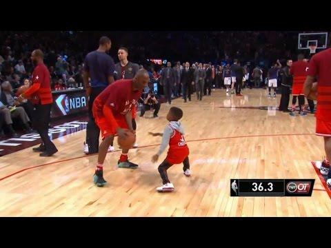 NBA MOMENTS - Kobe Bryant plays