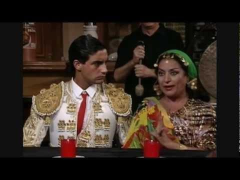 Lola Flores Vidente con poderío en Los ladrones van a al oficina
