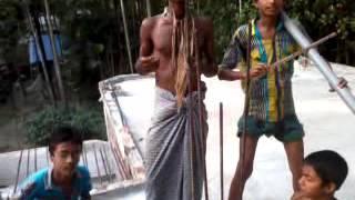 Bangla Funny song. Ami gan harabo...more jabo.