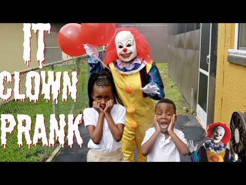 Xxx Mp4 SCARY IT CLOWN PRANK GONE WRONG 3gp Sex