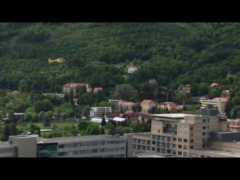 ÖAMTC Hubschrauber Landung UKH Graz Eggenberg