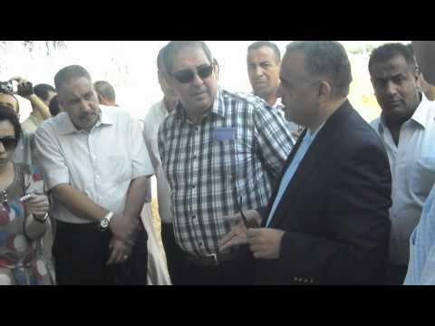 زيارة والي ولاية الشلف لحي الموافقية الجزء 1.AVI