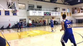 Stephen Curry shooting routine, Golden State Warriors (0-0) practice before 2nd round playoffs
