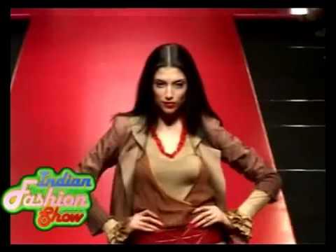 Erotic Raima Sen & Models Hot on Ramp