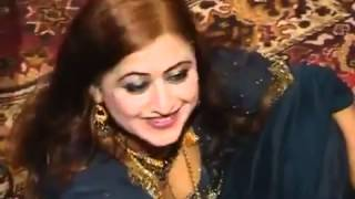 Maryam Nawaz Sharif Mujra His Borther Wedding