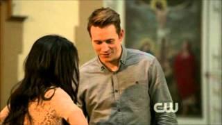 Annie and Caleb - Third kiss - 90210 - 4x24