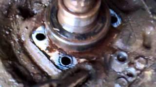 Mengganti bearing roda belakang mobil daihatsu Zebra astrea 94