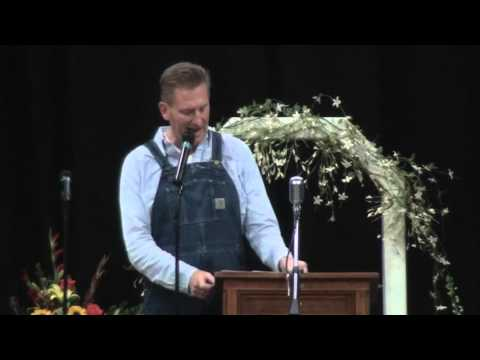 Xxx Mp4 Rory Feek Shares Thoughts At Memorial Service For Joey Martin Feek 3gp Sex