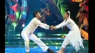 ROMANCE DANCE IN BOYS VS GIRLS (GUNA & VANDHANA )
