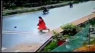 OMG ..this lady died in one second