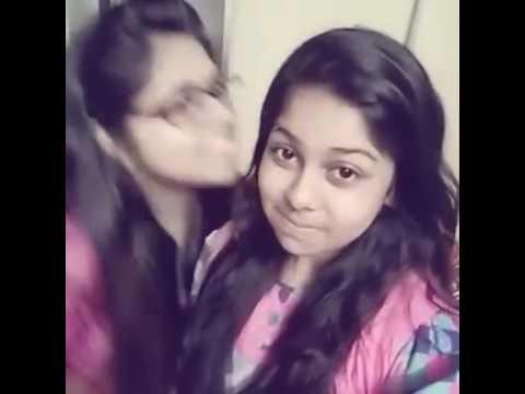 Bangali Girl kissing 😘