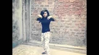 Bangladeshi girl WOW Dance