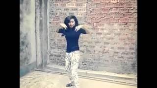 Bangladeshi girl WOW Dance