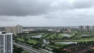 Rainy afternoon in Aventura Florida (4K)