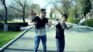 Alin Pustanu si Cristi Mihai-Eu cu una tu cu alta...