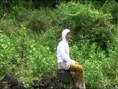 madura tambaru bergetar👍di balik kerudung