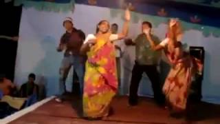 Bangladeshi Village Funny Dj Party Music video song Bangla funny song 2016