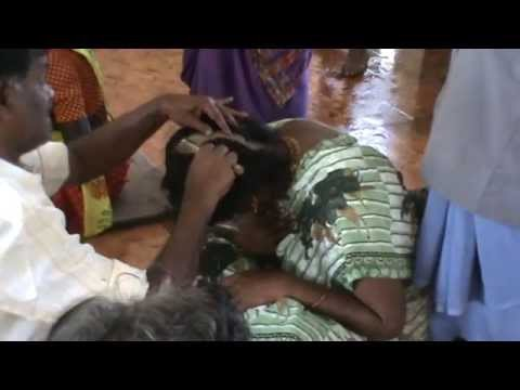 Tamil Aunty Shaved in Palanni Temple