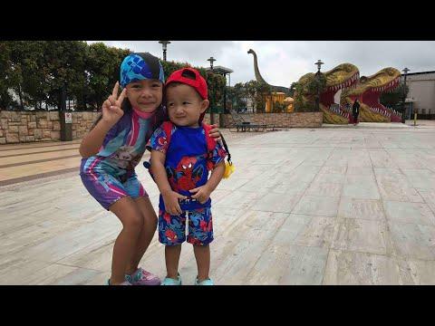Xxx Mp4 Kakak Zara Sayang Adik Kenzo Main Air Di Dinosaurus Park Johor Bahru Malaysia 3gp Sex